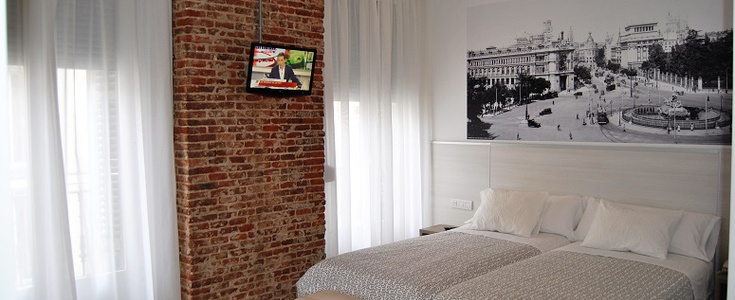 Double superior room san lorenzo hostal madrid
